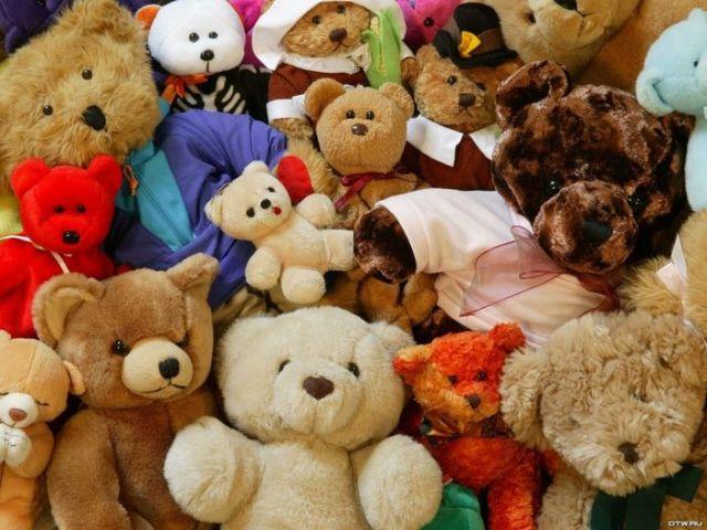 По Европейским стандартам плюшевые игрушки должны выдержать нагрузку 10 килограмм.